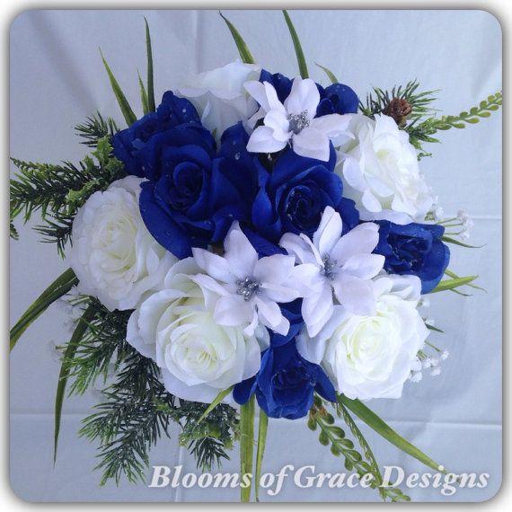 Bouquet bleu royal roses bleu et blanc. Bouquet de mariage.
