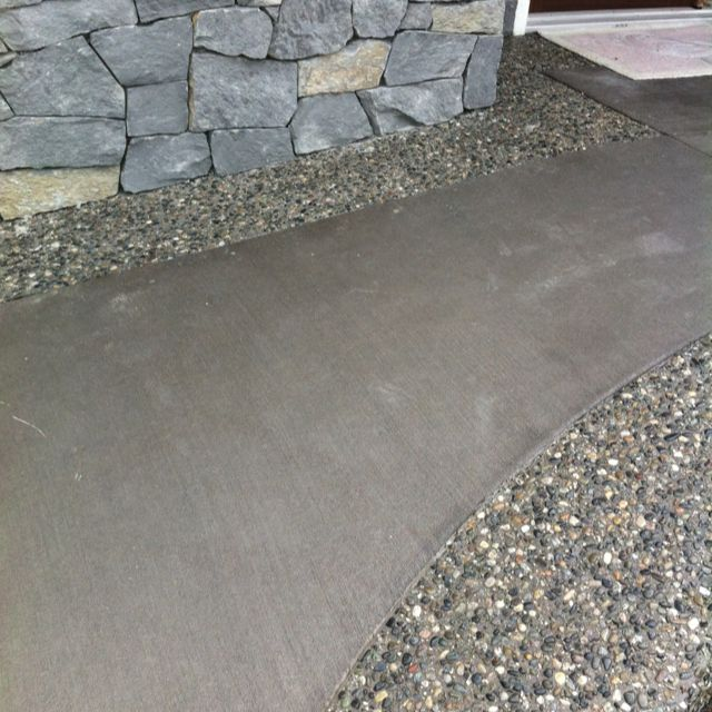 Coloured Broom Finish Concrete With Medium Size Rock Exposed Aggregate  Borders. This Is How A