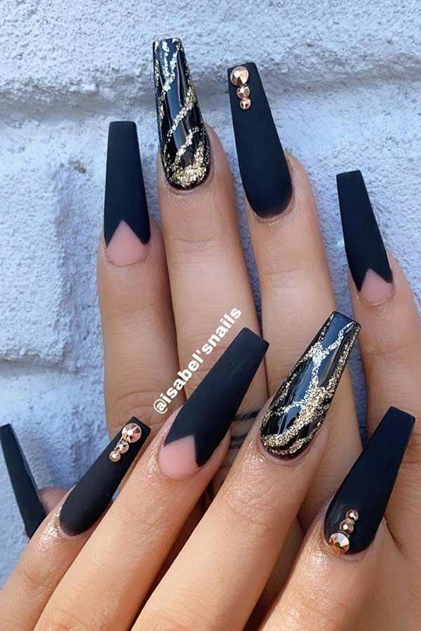 Metallic And Navy Blue Nails Bluenails In 2020 Black Gold Nails Gold Acrylic Nails Black Coffin Nails