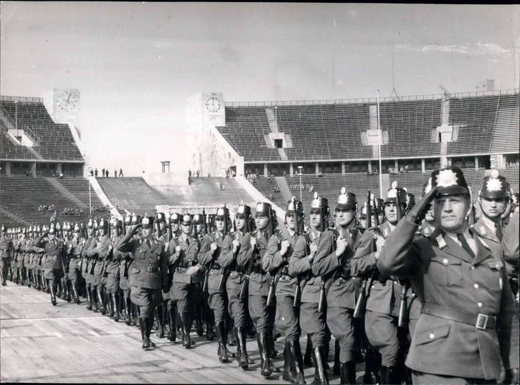 1954 Berlin-Westend,Polizeifest mit Sternchen