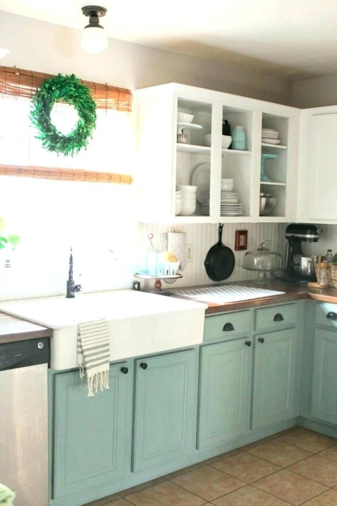 Great Color Scheme With Beadboard Small Kitchen Colors Kitchen Design Small Farmhouse Style Kitchen Cabinets