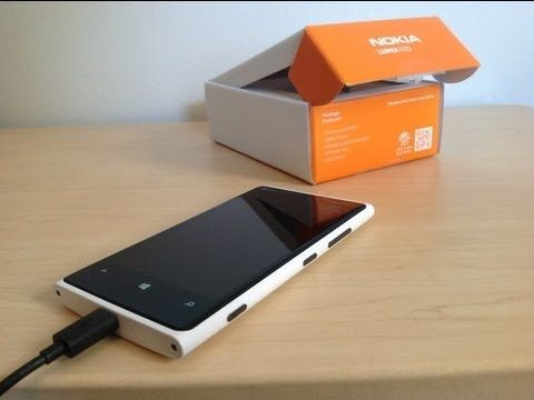 Nokia Lumia 920 Unboxing and In-Store Experience