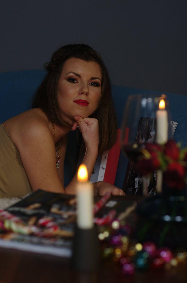 Roswitha keeps it classy on Christmas! #editorial #Christmas #story #shooting @roswithamoti