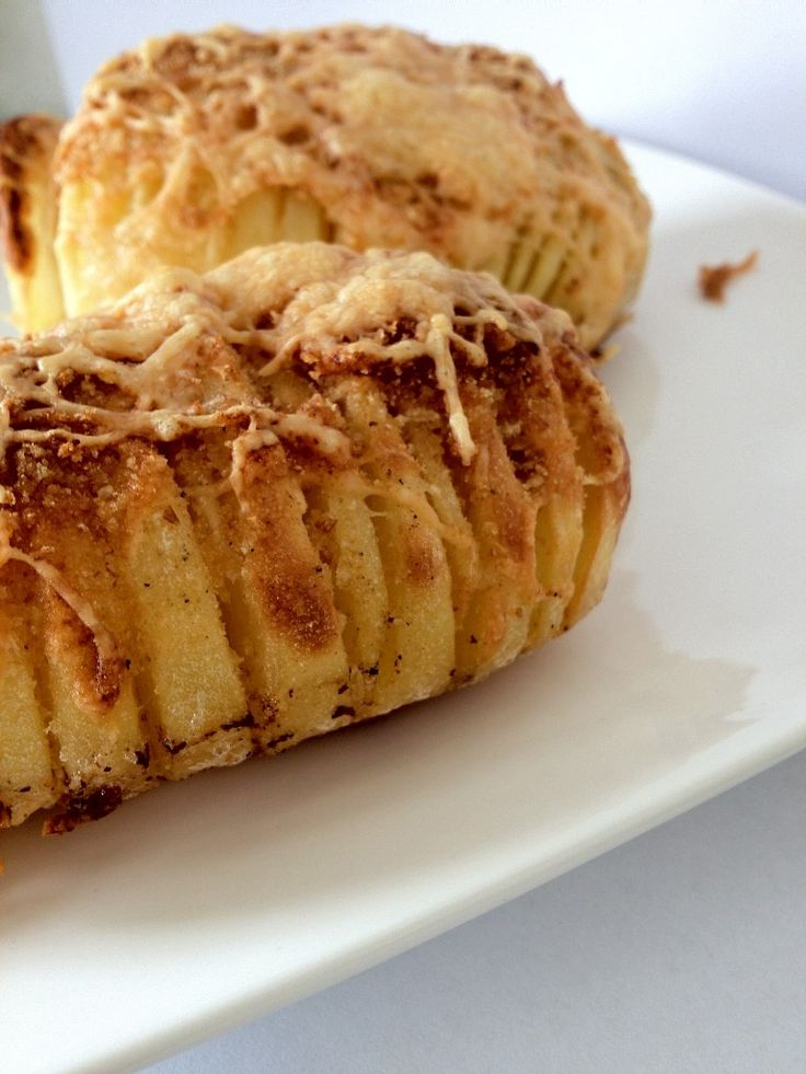 Krokante ingesneden aardappel - Lekker en Simpel