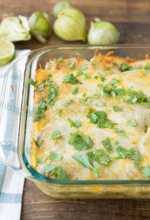 Green Chili Chicken Enchiladas... DEFINITELY trying this one this weekend!