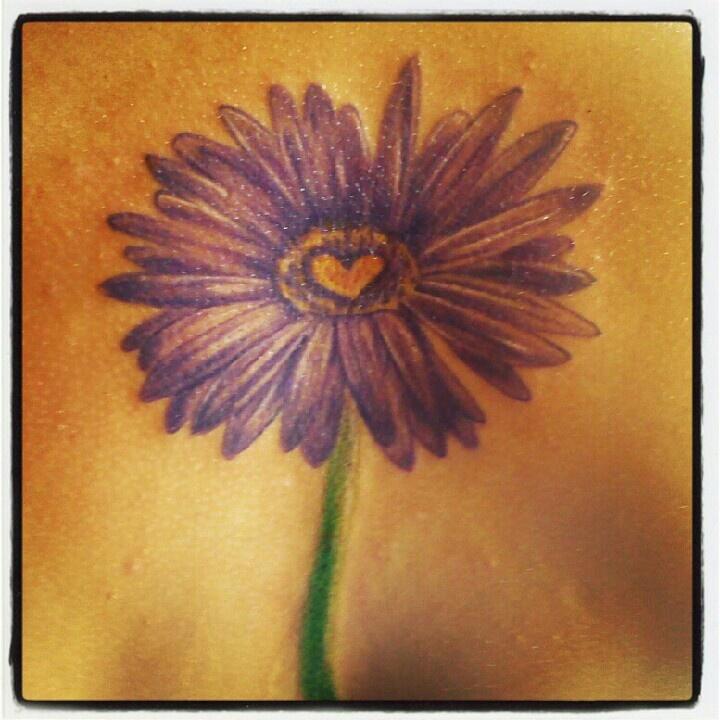 Heart Daisy Tattoo: Cute Daisy And Heart Tattoo