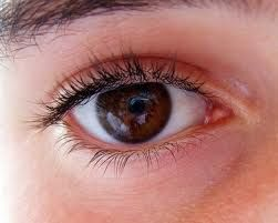 9 Treatments That Are Natural For Curing Bloodshot Eyes Read full article---> http://womenkingdom.com/9-treatments-that-are-natural-for-curing-bloodshot-eyes/