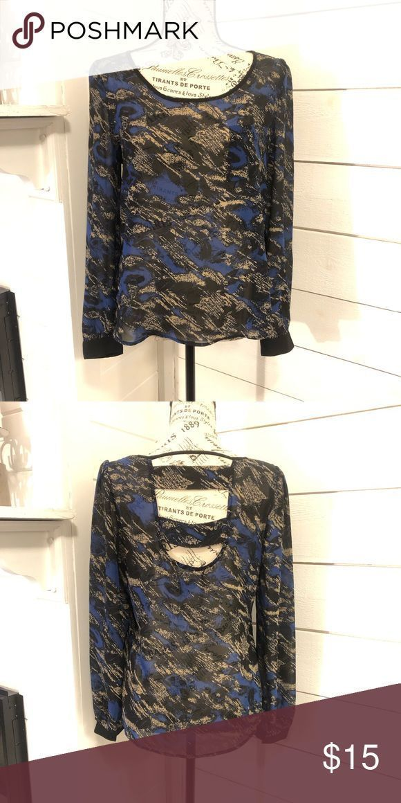 #AestheticButtockSurgical-Blu Pepper Shirt von Willow Tree! Dieses Top ist super…