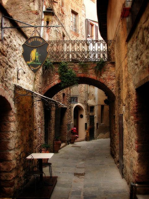 Arched Passage, Marittima, Italy: Beautiful Italy, Bucket List, Arched Passage, Favorite Place, Places, Travel, Photo, Italy