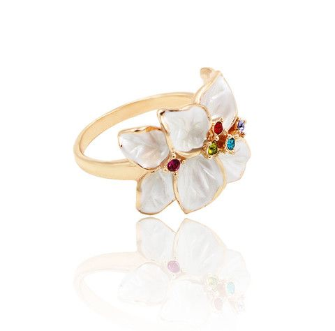 "Sydney.Floral cocktail ring with sparkling crystals. Décor length: 1.9cm (.7"") Décor Width: 1.5cm (.6"")"