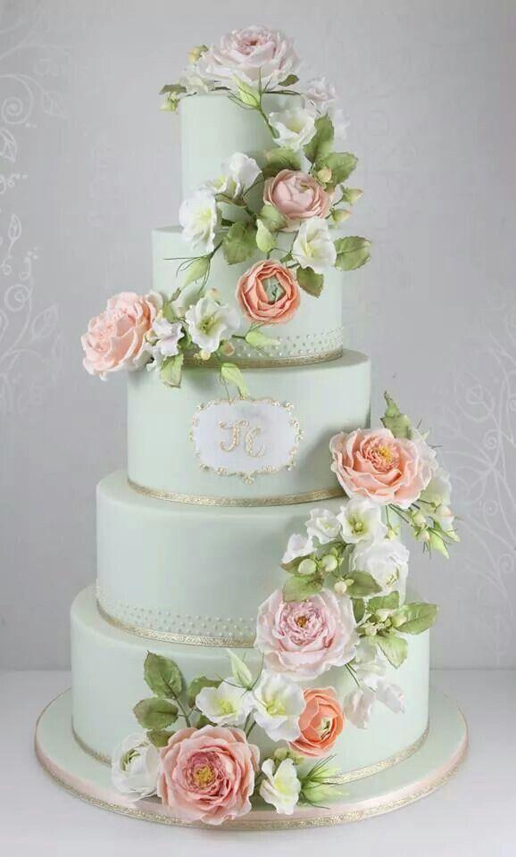 "queenbee1924:  via ""Let them eat cake"" | Pinterest)"