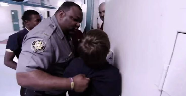 Smart Kid On 'Beyond Scared Straight' Calmly Calls Their Bluff , And It's Absolutely Hilarious #BeyondScaredStraight #Scared #Straight #ScaredStraight