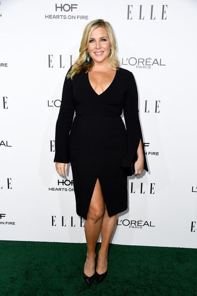 June Diane Raphael in a Long Sleeve LBD - Best Dressed at the Elle Women in Hollywood Awards 2016 - Photos