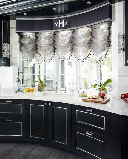 Kitchen - dazzling - black, white and silver palette - white quartzite slab countertops