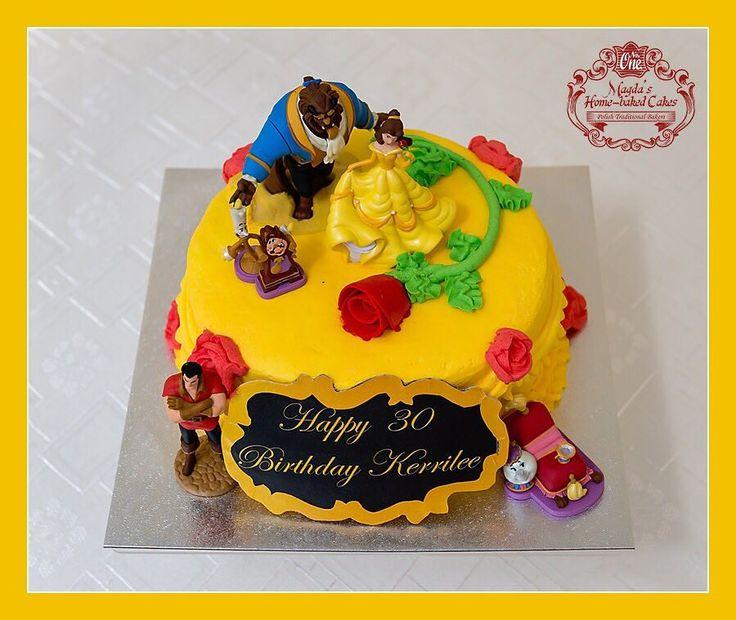 Tort śmietankowo - truskawkowy. Zapraszam do mojej galerii - kliknij i polub na Facebook'u http://ift.tt/2iOM9eB http://ift.tt/2iUmGRz #BirthdayCakeSmash #MagdasCakes #northampton