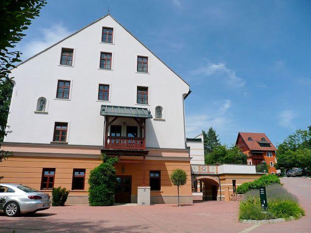 Hazai tájakon: Vécsecity - A kastélyba zárt város  (The city enclosed in a mansion - North-east Hungary