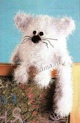 Вязаная игрушка - Пушистый кот-шарик