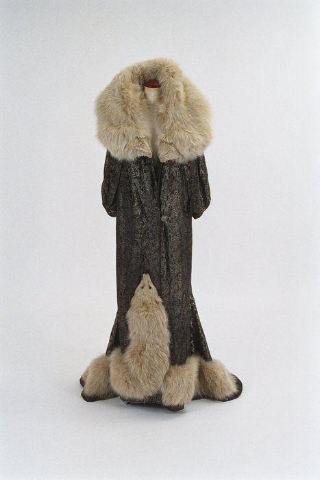 Lady Anstice Howell Coat 1930s Bunka Gakuen Museum - OMG that dress!