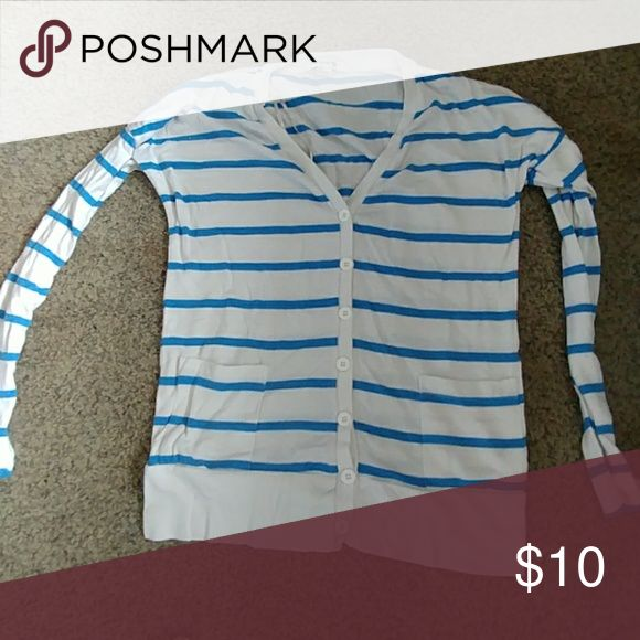 Forever 21 cardigan, size L Button down blue and white cardigan, never worn Forever 21 Tops