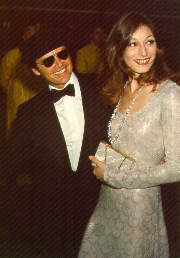 They were glam. | Jack Nicholson and Anjelica Huston Were The Coolest Couple Of The '70s And '80s