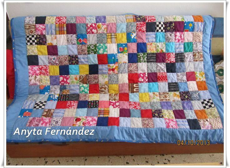 Mantitas y colchas artesanales de patchwork por encargo a anytasevilla@gmail.com totalmente hechas a mano, rapidez