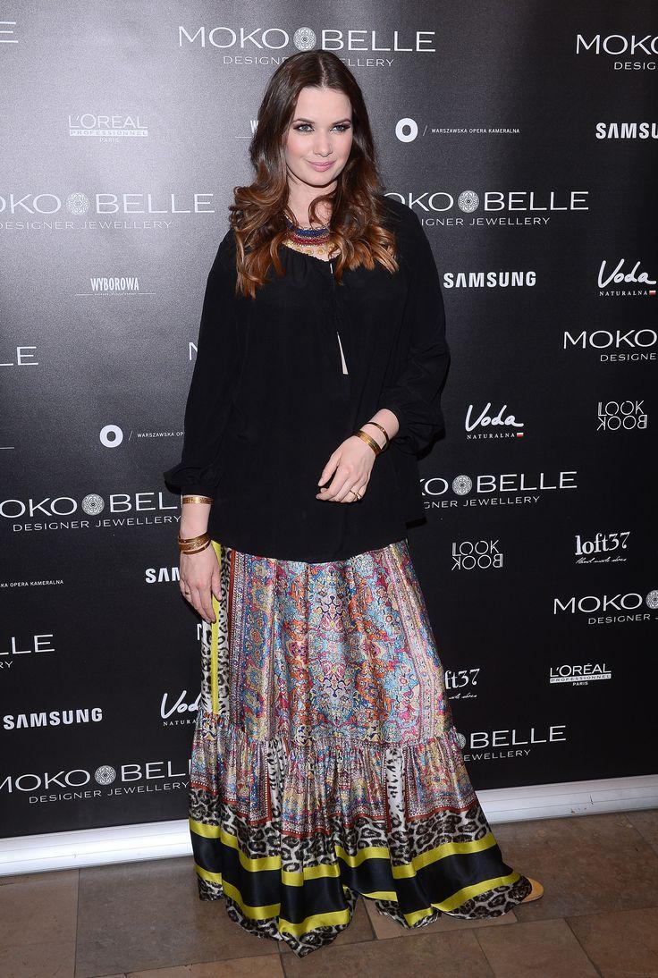 Karolina Malinowska w biżuterii MOKOBELLE #mokobelle #mokobellejewellery #jewellery #jewelry #bransoletka #lifestyle #bijou #stars