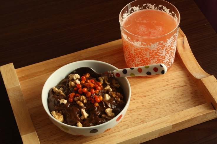 Taste Bazaar: Mic dejun sanatos: budinca raw de cacao