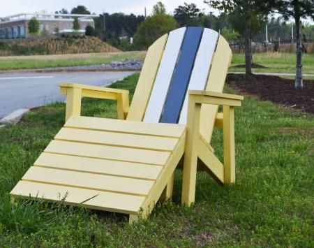 Easy pallet adirondack chair