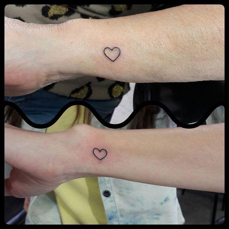 Tattoo Coração Mãe e Filha #tattoo #tattoos #tatuadas #tatuagemfemininaina…