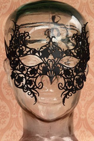 Poison Ivy Mask. http://www.galleryserpentine.com/collections/womens-masks
