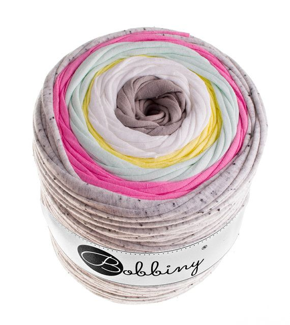 Bobbiny is the new jumbo crochet and knitting textile yarn recycled from high quality fashion fabrics. Its perfect for creating bags, rugs, poufs,