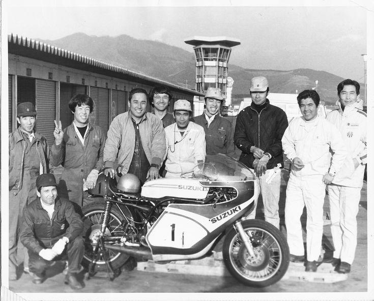 Suzuki XR11 and Suzuki staff