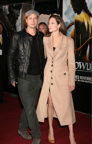 Brad Pitt and Angelina Jolie  at the premiere of 'Beowulf' in Los Angeles 2007  © Agency People Image/Kathy Hutchins / Hutchins Photos / Alpha