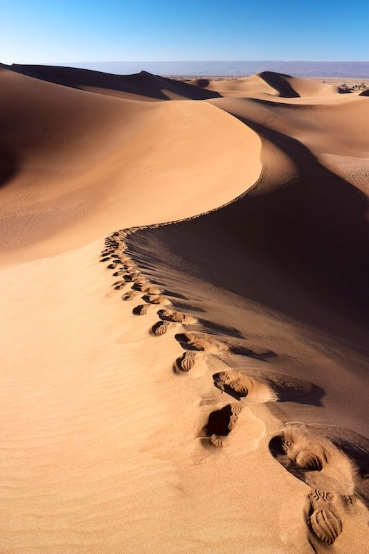 Marocká Sahara a duny Erg Chigaga, Maroko, Afrika