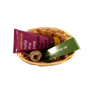 Aranjament cadou Mixt gift - http://livediva.ro/cadouri-online/Secret-Santa-cadouri-pentru-colegi
