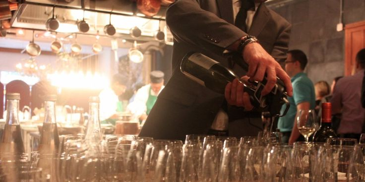 Coravin keeps an 'open' wine bottle fresh for over a decade - Business Insider