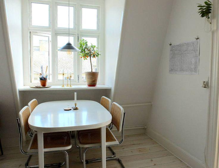 Sjekk ut dette utrolige stedet på Airbnb: Top floor apt. with balcony and central location - Leiligheter til leie i København
