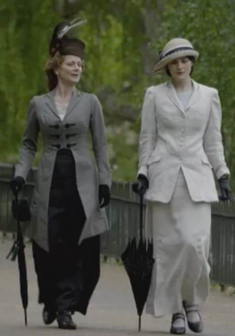 Downton Abbey sartorial splendor