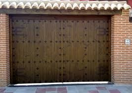 17 best images about puertas y portones on pinterest for Portones madera rusticos