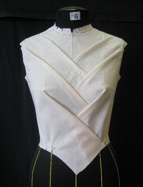 Draping on the stand - bodice development; moulage; fashion design; garment construction techniques
