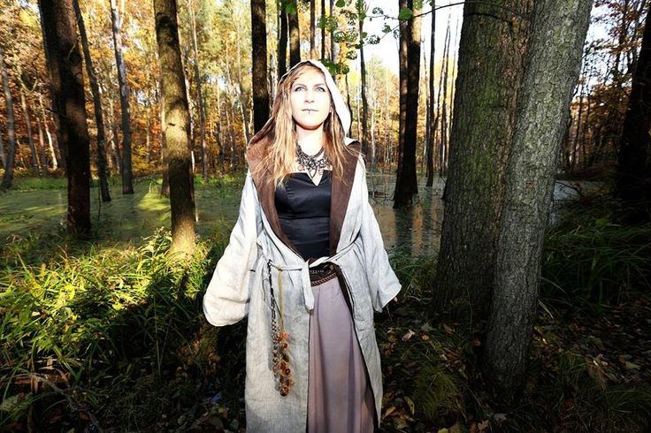enlight me #witch #cosplay #warhammer #forest