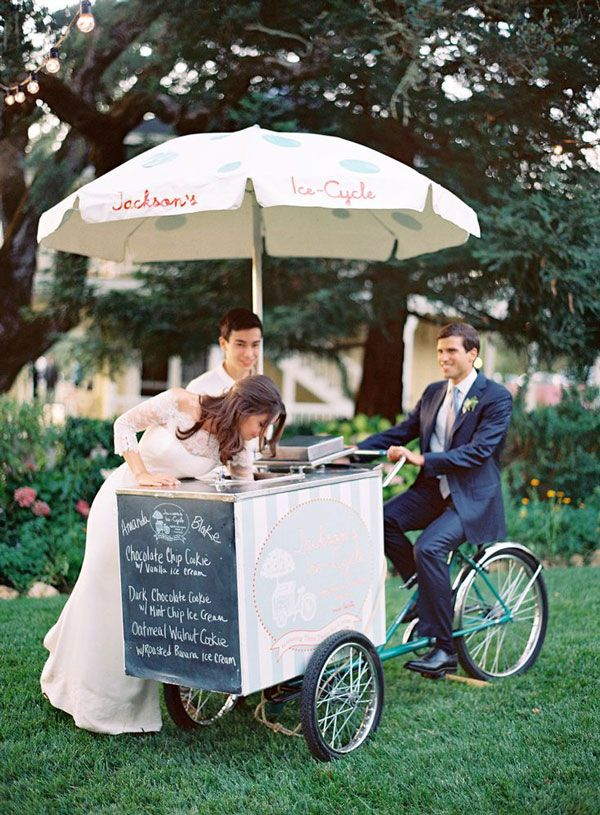 5 Ideas for Your Wedding in Tuscany. Gelato cart: It is easy to hire a vintage gelato cart similar to this one to roll in at midnight to give a tasty, refreshing break during the disco part of your reception. You can have up to 4 flavors with cups, cones and toppings. Your guests will love this oh-so-Italian treat!