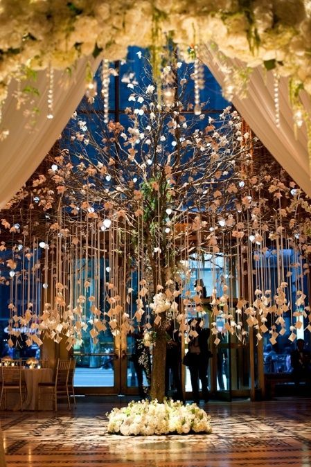 enfeites japoneses para jardim:Tree Wedding Reception