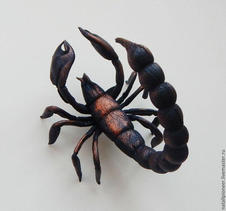 Купить брошь из кожи, Скорпиоша - черный, скорпион, для дома и интерьера, брошь из кожи, Итальянская кожа