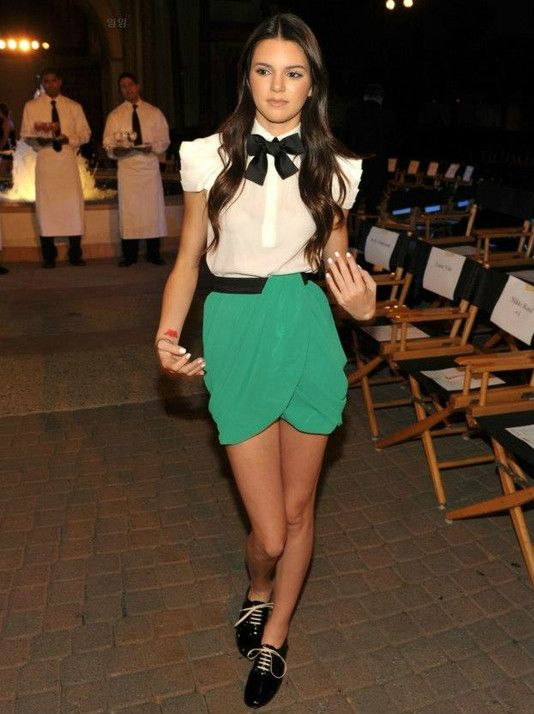 must-have-outfits:  Kendall looks really cute here.