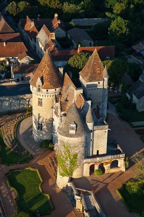 Château des Milandes, Dordogne, France. Ancienne demeure de Joséphine Baker (vue aérienne)