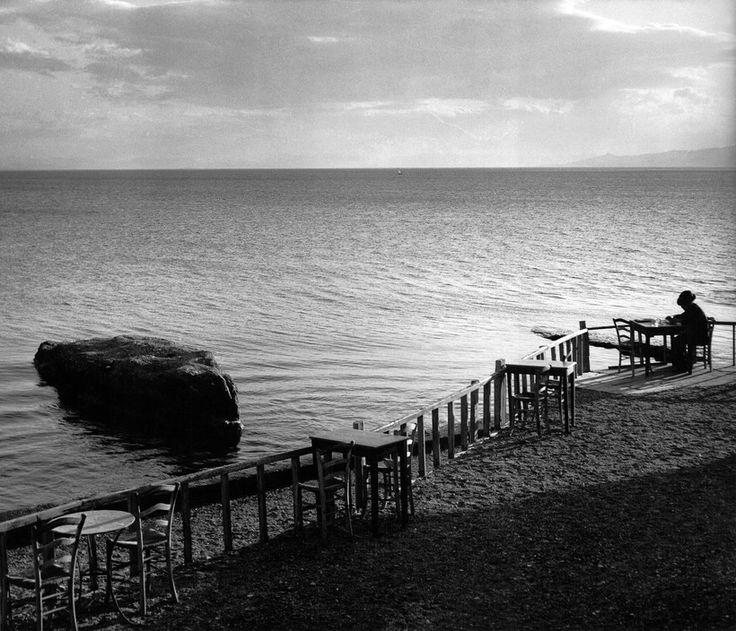 Herbert List. GREECE. Peloponnese. Phaleron. Cafe. 1937. Magnum Photos -