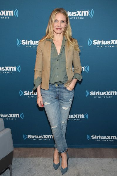 Cameron Diaz Ripped Jeans - Cameron Diaz was casual-chic in ripped jeans, a utility shirt, and a tan jacket while visiting SiriusXM's Town Hall.