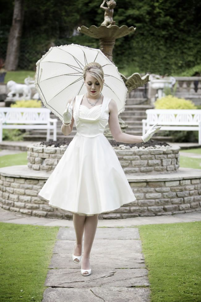 1950s wedding photoshoot © brucegordonphoto.co.uk featuring Lindy Bop Ophelia wedding dress: http://www.lindybop.co.uk/dresses-c1/ophelia-ivory-swing-dress-p184