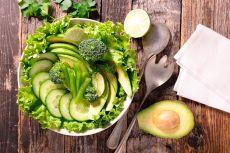 Готовим летние салаты из овощей: рецепты